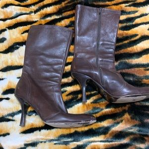 Very pretty rich brown leather Coach boots sz9.5